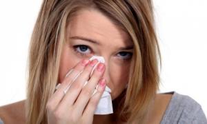 Проявления аллергического насморка